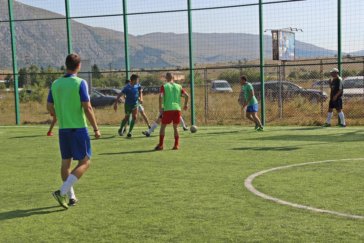 Разглеждате: Футболен турнир за мъже под надслов 'Купата на кмета'